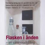 Plakaten for sommerudstillingen var lavet på baggrund af Hanne Aagaard Jensens flaskebillede